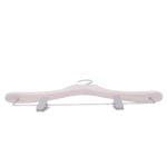 cintre pour chemisier avec pinces em bois noble coloris blanc lasuré