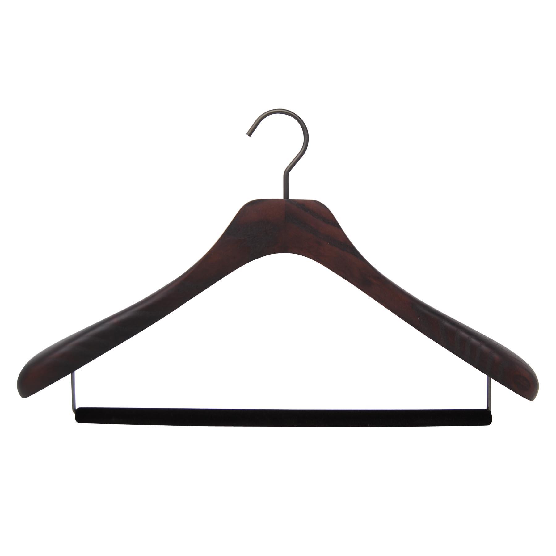 cintre pour costume en bois teinté noyer mat