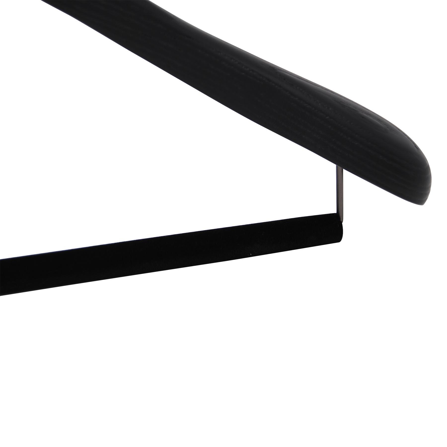 6 cintres pour costumes en bois de frêne noir brossé pour un dressing élégant