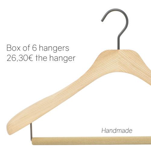 High-end wooden hangers for suit- natural varnish